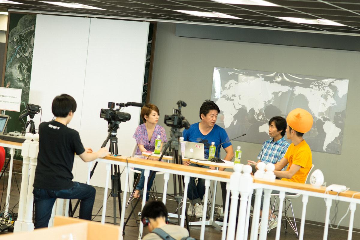 堀江貴文さん。ホリエモンチャンネル・クリニックの収録風景