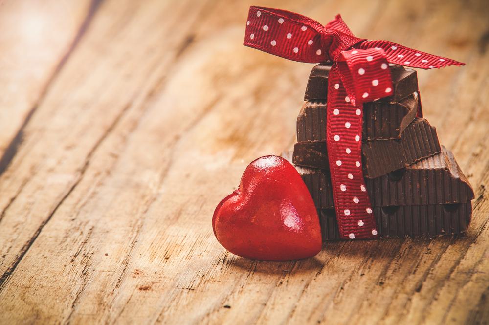 チョコレートで便通改善が証明された!?世界初抽出成功の成分で便量が増える?